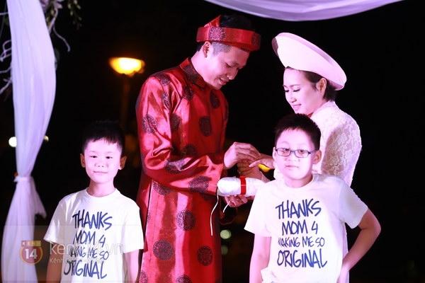 Khánh Linh rạng rỡ trong lễ cưới đặc biệt tổ chức ở ngoài trời 17