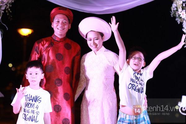 Khánh Linh rạng rỡ trong lễ cưới đặc biệt tổ chức ở ngoài trời 18
