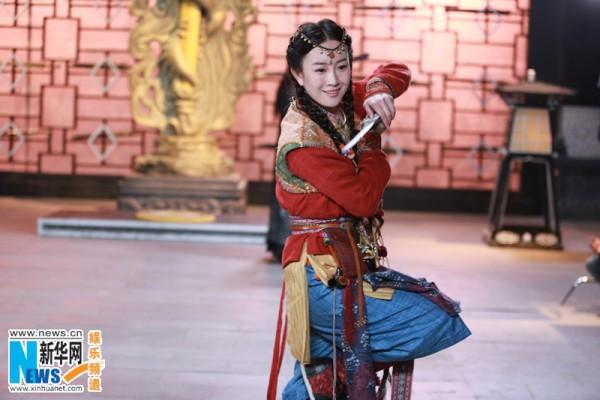 Vương Ngữ Yên 2013 sánh vai mỹ nam TVB 3
