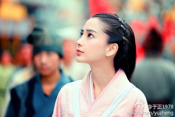 Angela Baby - Trần Nghiên Hy tranh ngôi Nữ hoàng rating 2014 2