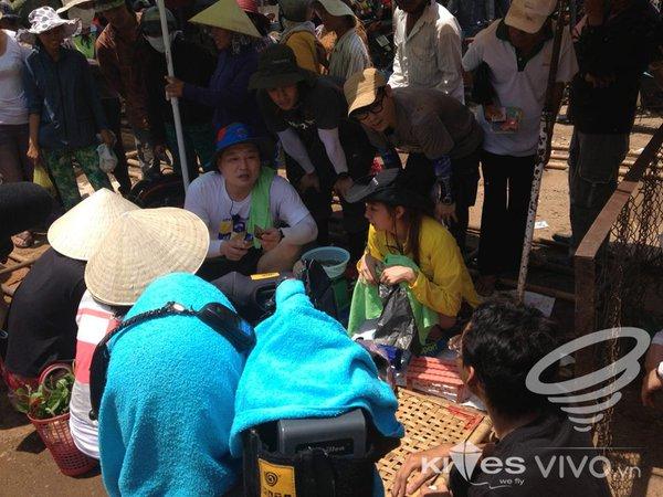 Dàn sao Hàn gây náo loạn ở Huế và Phan Thiết 37