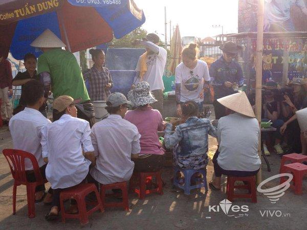 Dàn sao Hàn gây náo loạn ở Huế và Phan Thiết 40