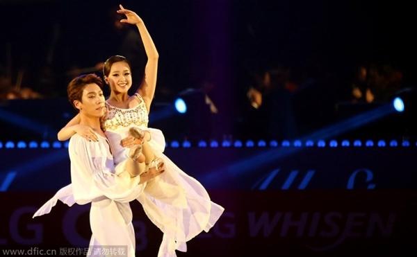 """""""Bông hoa thể dục xứ Hàn"""" gây bất ngờ tại sự kiện với phong cách sexy 5"""