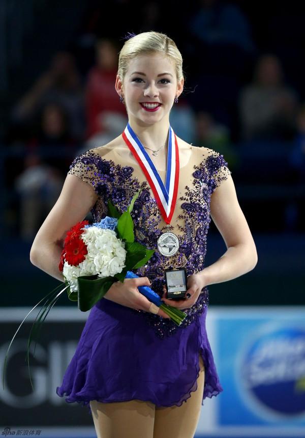 Vẻ đẹp rạng ngời của VĐV trượt băng nghệ thuật Gracie Gold 5