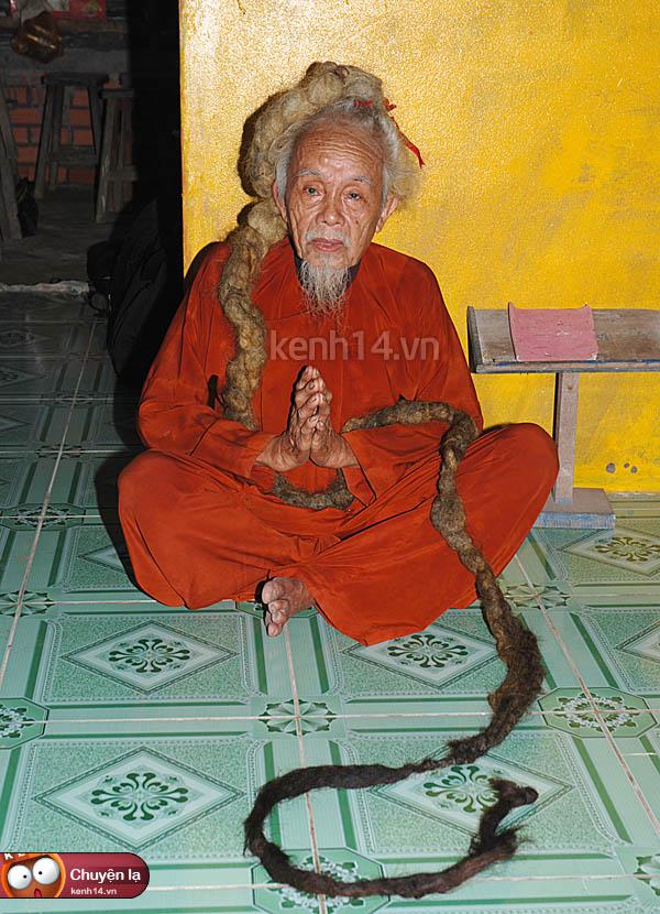 Ngỡ ngàng những mái tóc kỳ dị nhất Việt Nam 13