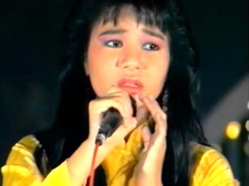 """Ngắm vẻ đẹp qua năm tháng của 4 """"nữ hoàng"""" showbiz Việt 14"""
