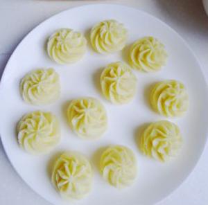 Nướng khoai tây nghiền trộn trứng cực ngon 7