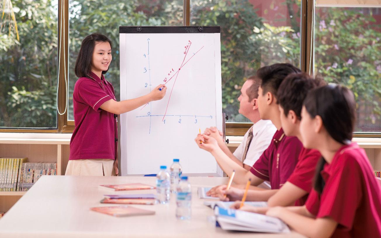 Lợi thế hướng nghiệp từ chương trình học thuật Cambridge tại VAS