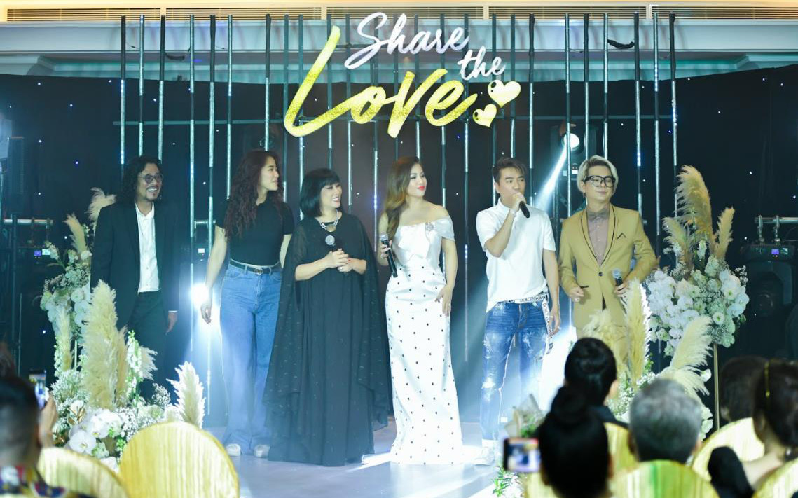 """Minh Tuyết và dàn sao Việt đốt cháy chương trình """"Share the love"""", kêu gọi hơn 3 tỷ đồng ủng hộ đồng bào miền Trung"""