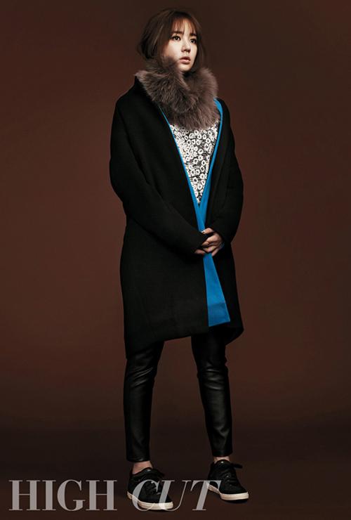 Thùy Trang tự tin tại họp báo Asia's Next Top Model 10