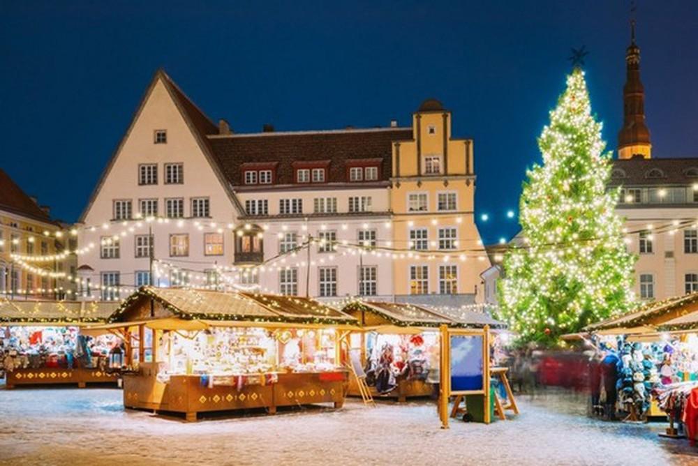 Những khu chợ Giáng sinh đẹp như cổ tích trên khắp thế giới - Ảnh 30.