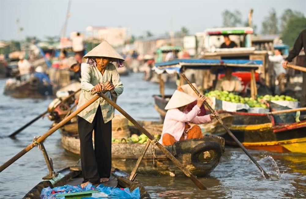 Chợ nổi Việt Nam được National Geographic vinh danh trong top điểm đến mùa đông trên toàn thế giới - Ảnh 2.