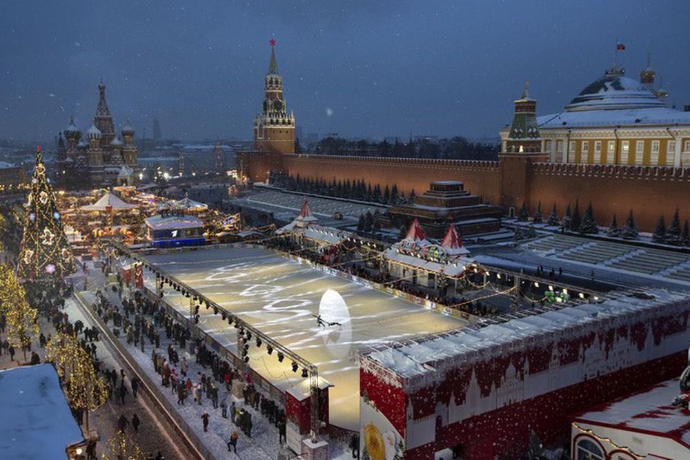 Cận cảnh Giáng sinh rộn ràng khắp thế giới - Ảnh 11.