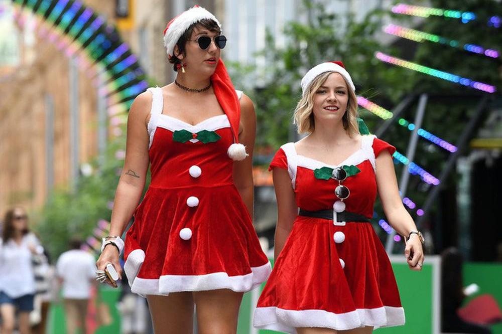 Cận cảnh Giáng sinh rộn ràng khắp thế giới - Ảnh 14.
