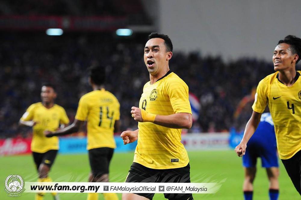 Cầu thủ Thái Lan suy sụp, đổ gục xuống sân sau thất bại đau đớn trước Malaysia - Ảnh 19.