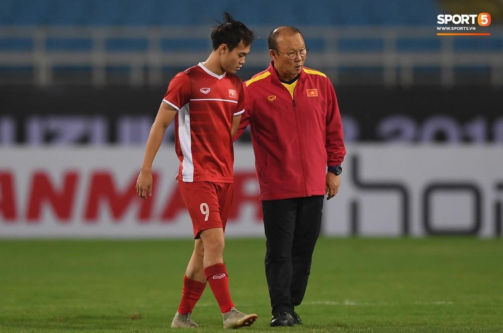 Văn Toàn tươi rói trong ngày trở lại, tuyển Việt Nam đón nhiều tin vui trước trận gặp Philippines - Ảnh 3.