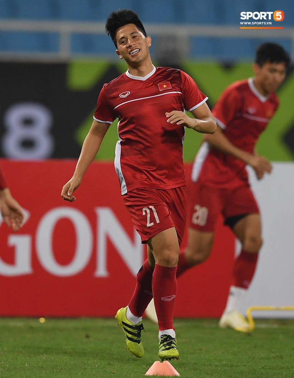 Văn Toàn tươi rói trong ngày trở lại, tuyển Việt Nam đón nhiều tin vui trước trận gặp Philippines - Ảnh 9.