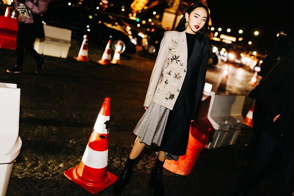 Châu Bùi - Decao tay trong tay vừa tình vừa chất đi dự show Saint Laurent tại Paris Fashion Week - Ảnh 7.
