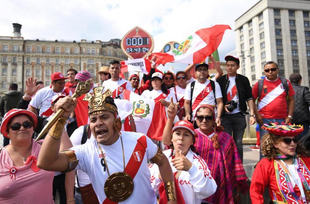Fan thế giới tạo ra bầu không khí lễ hội ở Nga trong ngày khai mạc World Cup 2018 - Ảnh 9.