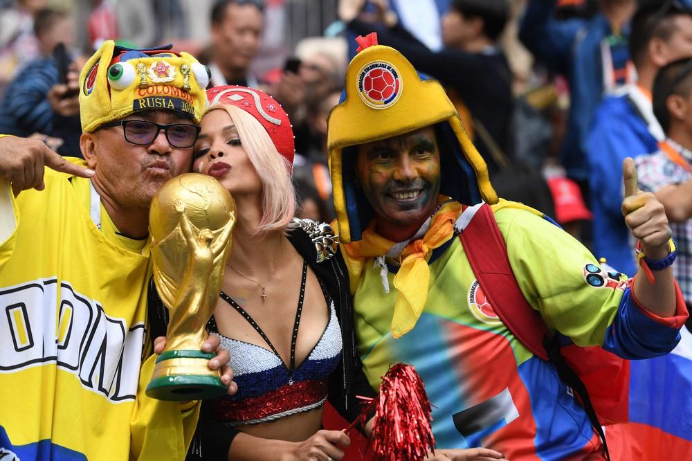Hoa hậu, siêu mẫu và những cô gái Nga hút ánh nhìn trong lễ khai mạc World Cup 2018 - Ảnh 9.