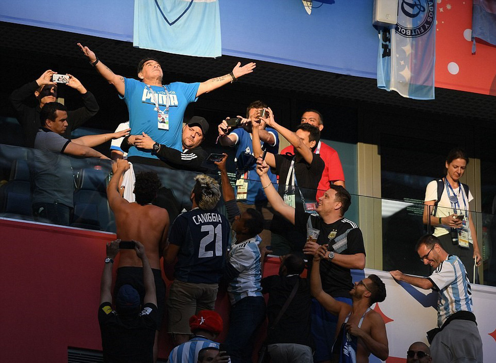 15 bức ảnh biểu tượng của một World Cup 2018 đầy cảm xúc - Ảnh 7.