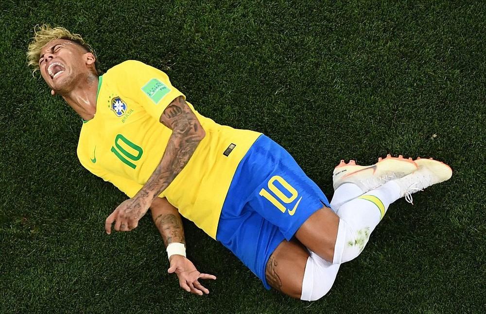 15 bức ảnh biểu tượng của một World Cup 2018 đầy cảm xúc - Ảnh 3.