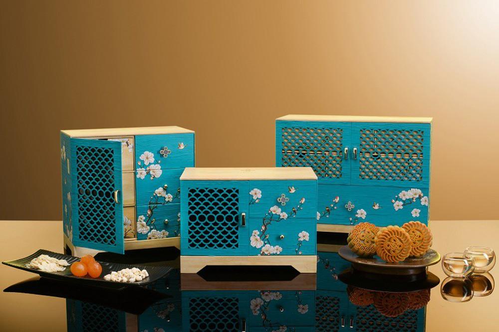 Đập hộp những chiếc bánh Trung thu của các khách sạn nổi tiếng bậc nhất tại Hà Nội - Ảnh 19.