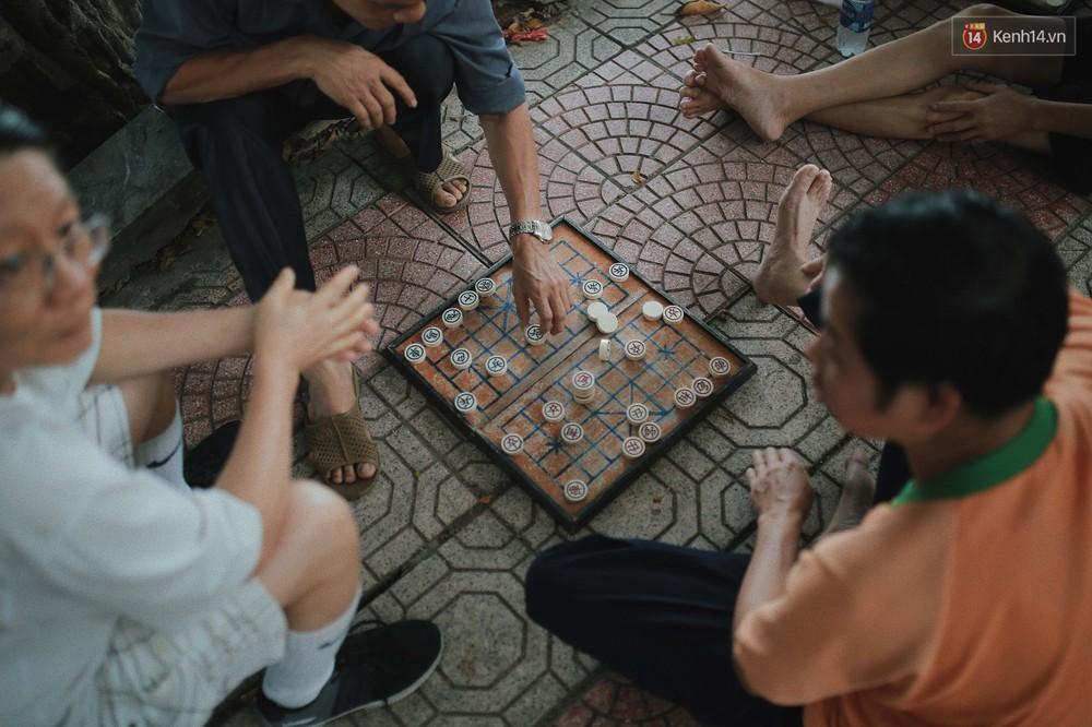 Có một Hà Nội luôn bình yên và khiến người ta sống chậm lại mỗi khi thu về - Ảnh 13.