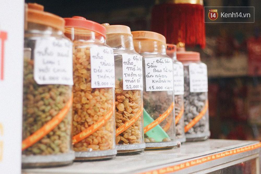Tiệm ô mai Hạnh Phúc: địa chỉ 30 năm bán gần 100 loại ô mai với những cái tên bá đạo mà không phải ai ở Hà Nội cũng biết - Ảnh 4.