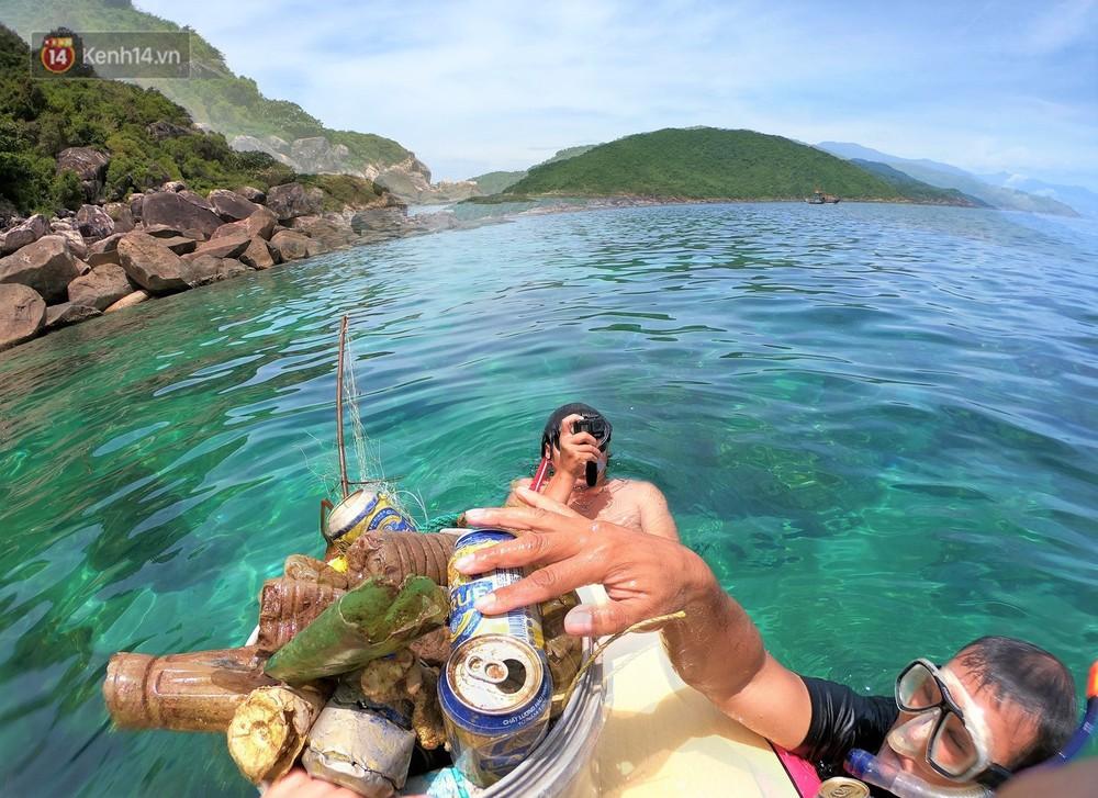 Gặp anh giám đốc mê nhặt rác ở Đà Nẵng: 10 năm dọn vệ sinh không công dưới đáy biển - Ảnh 16.