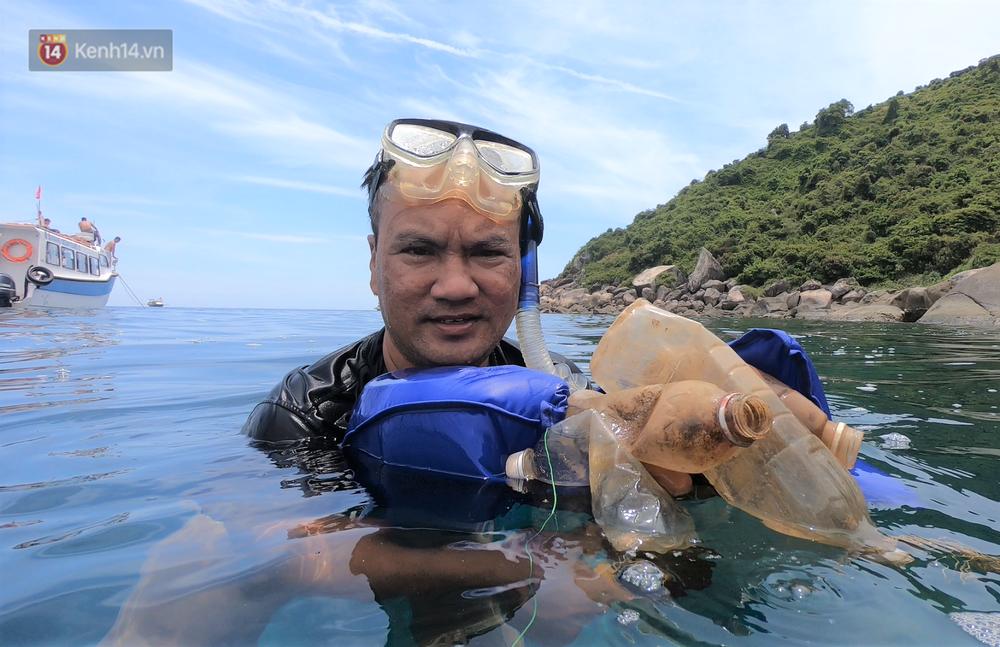 Gặp anh giám đốc mê nhặt rác ở Đà Nẵng: 10 năm dọn vệ sinh không công dưới đáy biển - Ảnh 3.