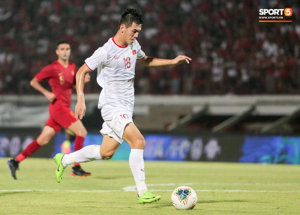 Bị thầy Park quát nạt ngay trên sân, tiền đạo trẻ tuyển Việt Nam từ vô hại hoá tay săn bàn đẳng cấp - Ảnh 6.