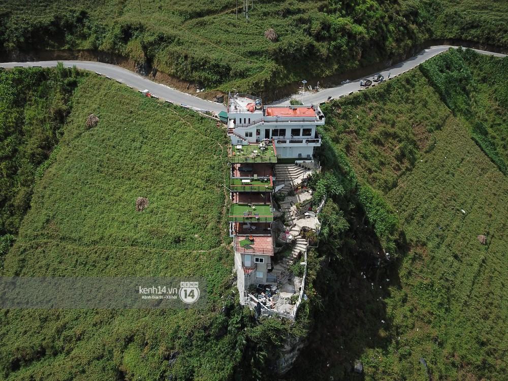 Ảnh, clip: Cận cảnh toà nhà 7 tầng xây dựng trái phép trên đỉnh Mã Pì Lèng - Ảnh 7.