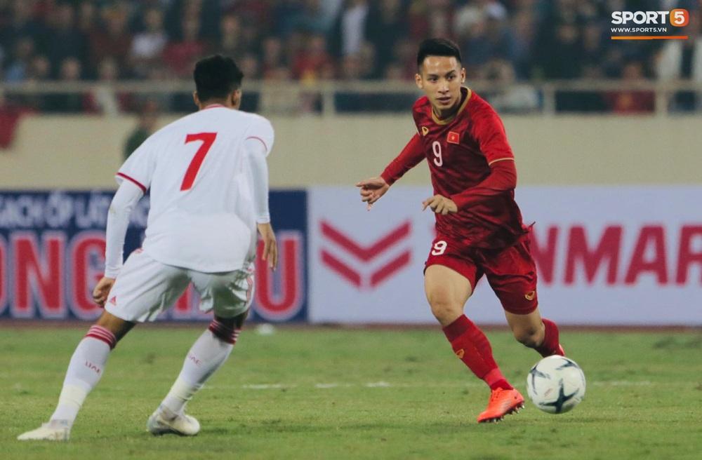 Tuyển thủ Việt Nam tráo số áo đấu UAE: Đó là sự tinh quái của thầy Park - Ảnh 5.