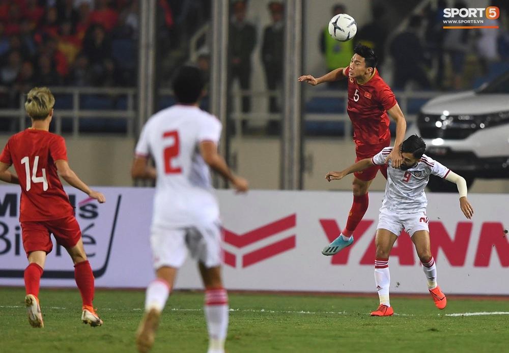 Tuyển thủ Việt Nam tráo số áo đấu UAE: Đó là sự tinh quái của thầy Park - Ảnh 7.