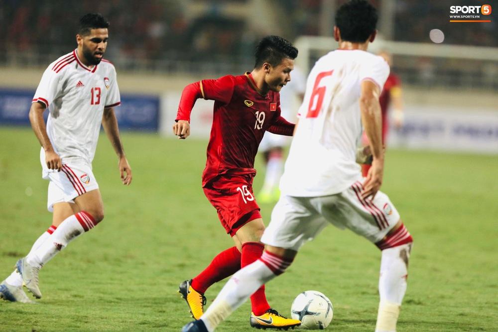 """Không trực tiếp ghi bàn, Quang Hải vẫn khiến hậu vệ UAE khiếp sợ với đôi chân """"ma thuật"""" - Ảnh 3."""
