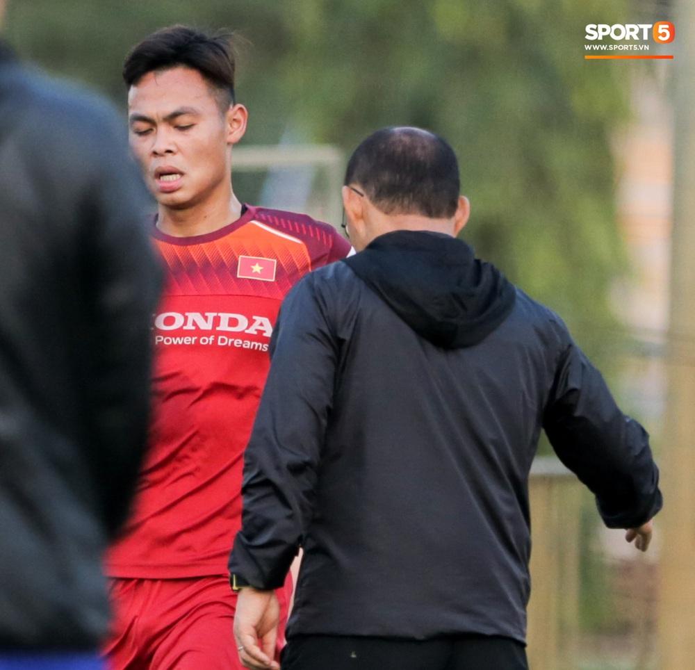 Tuyển thủ U22 Việt Nam từ cười sang mếu vì mục tiêu vượt qua lịch thi đấu hành xác tại SEA Games 2019 - Ảnh 7.