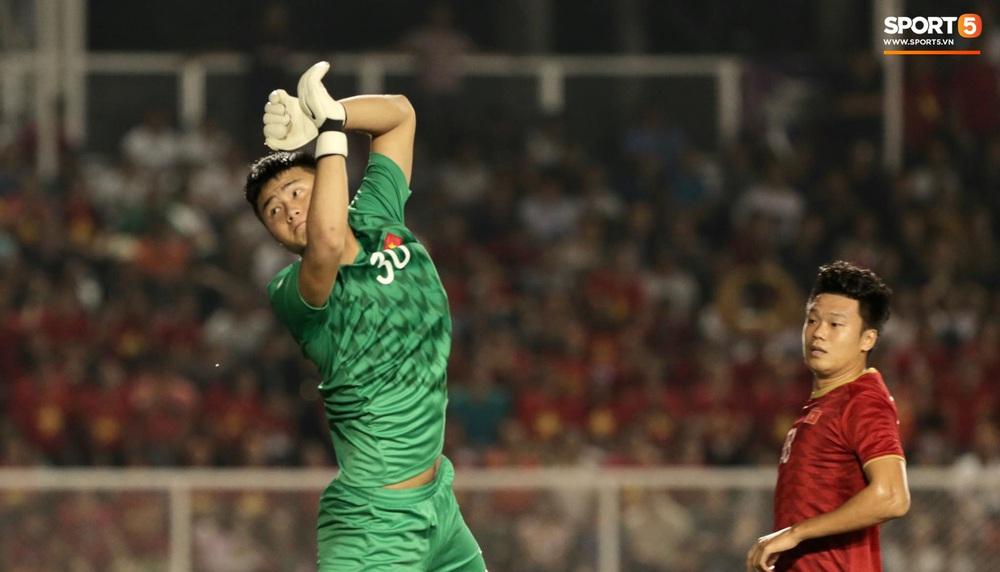 Gia đình thủ môn U22 Việt Nam, Nguyễn Văn Toản nhộn nhịp chuẩn bị cổ vũ trận chung kết SEA Games 30 - Ảnh 11.