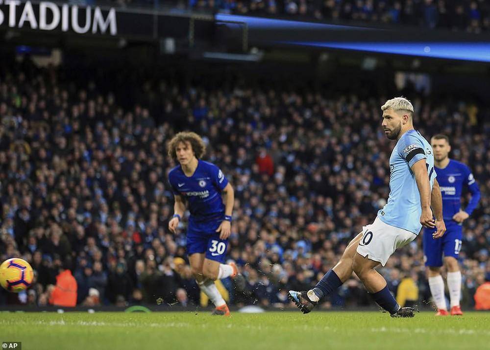 Bạn thân của Messi lại ghi 3 bàn, Man City hủy diệt Chelsea 6 bàn không gỡ, đòi lại ngôi đầu bảng từ tay Liverpool - Ảnh 9.