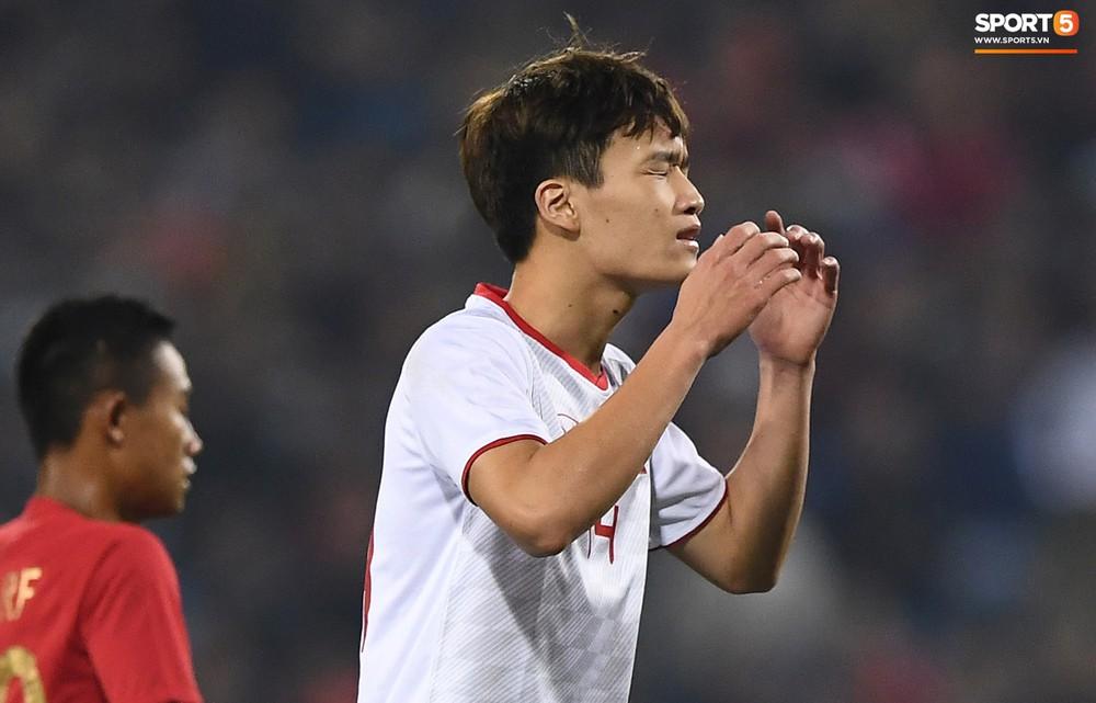 Sút hay nhưng chưa gặp may, tiền đạo điển trai của U23 Việt Nam được fan đồng lòng động viên - Ảnh 6.