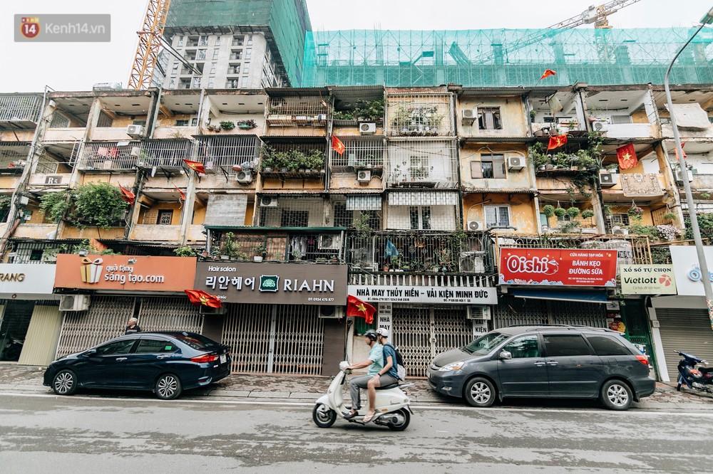 Chùm ảnh: Có một Hà Nội vắng lặng, thanh bình trong buổi sáng ngày 30/4 - Ảnh 9.
