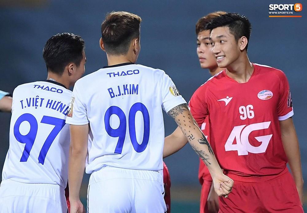 Dàn tuyển thủ Việt Nam hội ngộ trong trận Viettel gặp HAGL - Ảnh 8.
