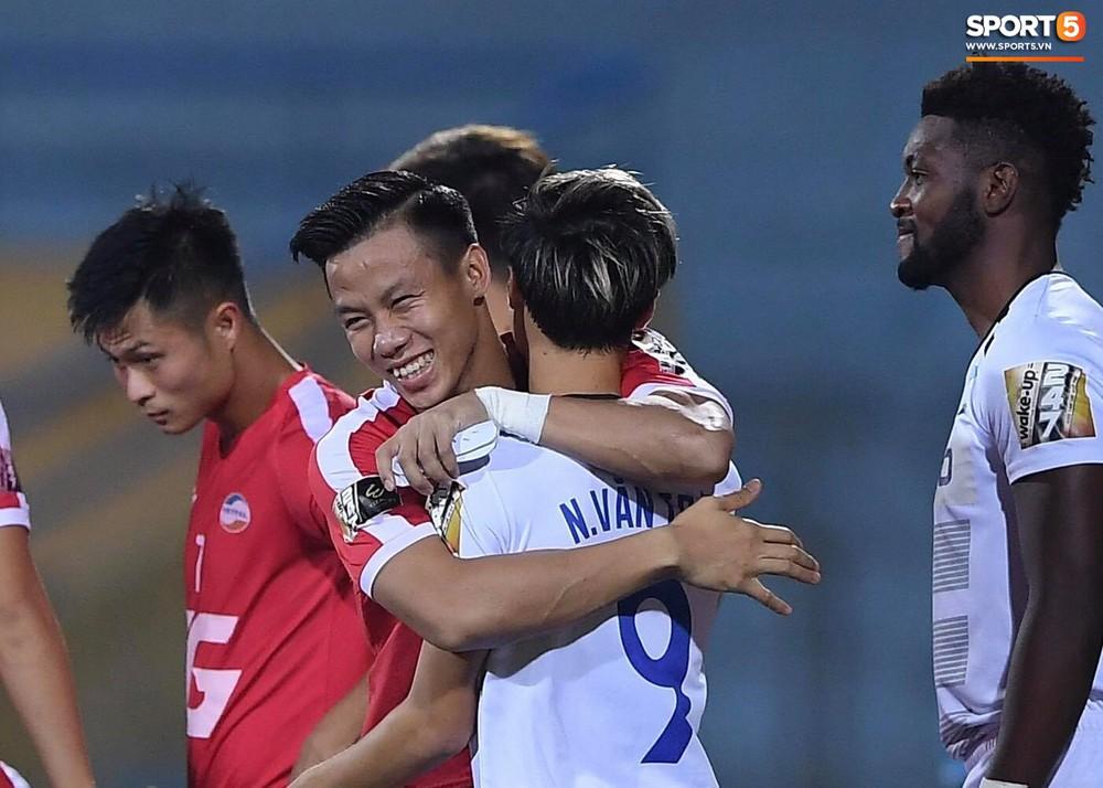 Dàn tuyển thủ Việt Nam hội ngộ trong trận Viettel gặp HAGL - Ảnh 3.