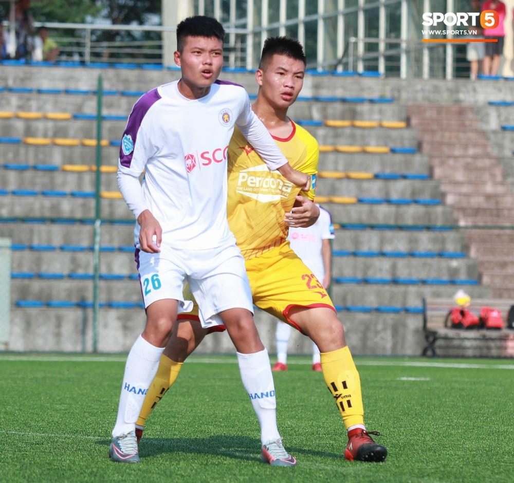 Thi đấu đầy quyết tâm dưới nhiệt độ gần 50 độ C, đàn em Quang Hải nhận cái kết viên mãn trong trận ra quân tại giải Hạng Nhì QG 2019 - Ảnh 3.