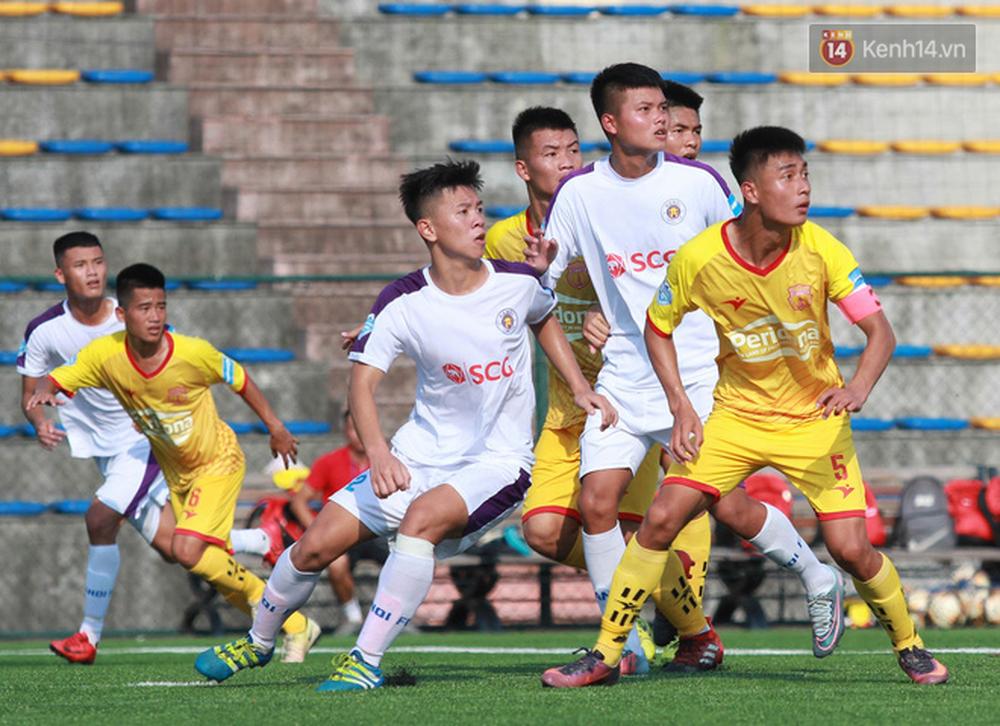 Thi đấu đầy quyết tâm dưới nhiệt độ gần 50 độ C, đàn em Quang Hải nhận cái kết viên mãn trong trận ra quân tại giải Hạng Nhì QG 2019 - Ảnh 7.