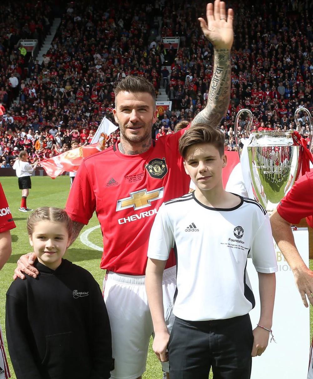 Ngất ngây trước những hình ảnh đẹp long lanh của Beckham trong ngày trở lại thi đấu cho MU, tái hiện ký ức thanh xuân tươi đẹp của hàng chục triệu fan - Ảnh 4.