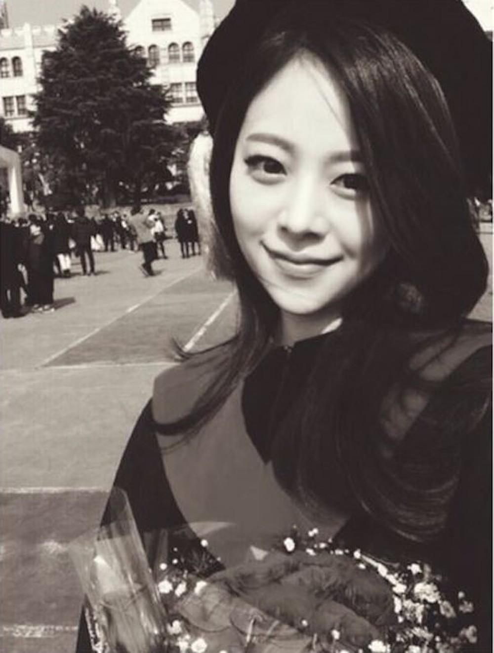 Khổ như làm bạn gái Son Heung-min: Hứng gạch đá thê thảm, chìm nghỉm trong những lời đàm tiếu háo danh, không cùng đẳng cấp - Ảnh 9.