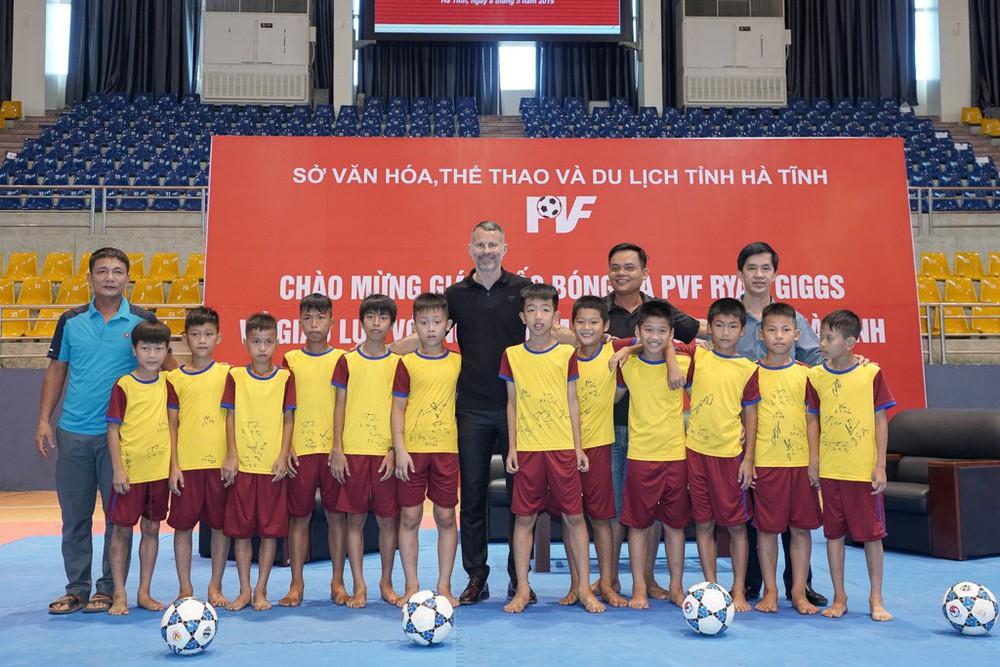 Huyền thoại Ryan Giggs nỗ lực giúp Việt Nam hiện thực hóa giấc mơ tham dự World Cup 2030 - Ảnh 1.