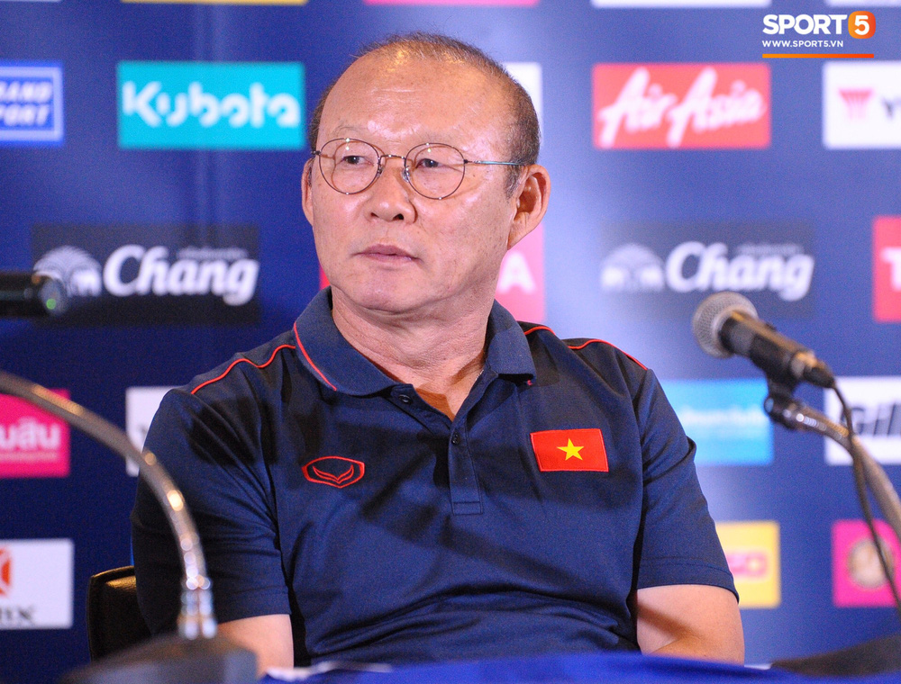 Truyền thông Thái Lan vắng bóng trong buổi phỏng vấn HLV Park Hang-seo - Ảnh 8.