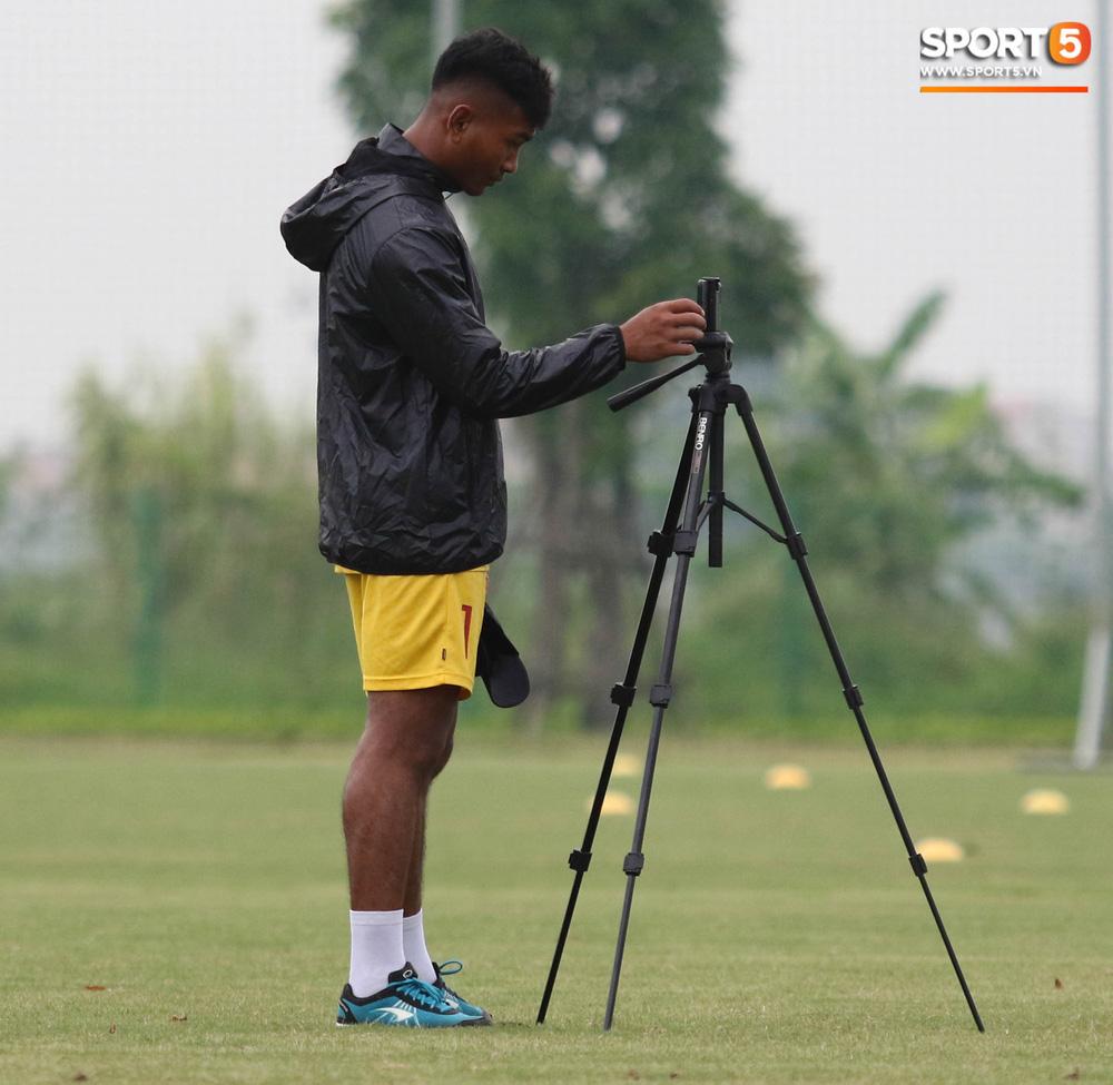 U18 Việt Nam hăng say tập luyện hướng tới giải U18 Đông Nam Á - Ảnh 3.